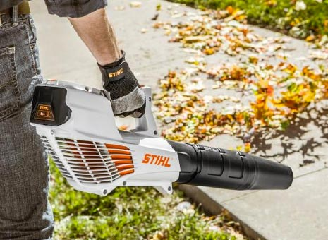 STIHL BGA56 cordless blower kit